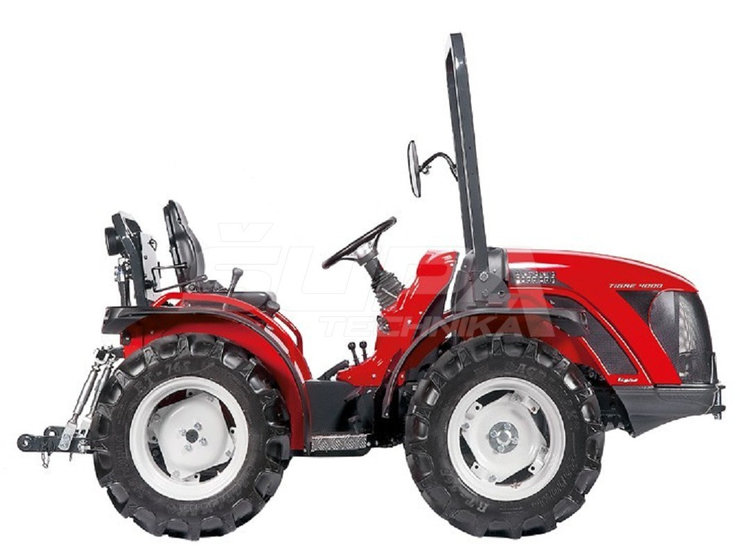 Traktor AC Tigre 3800